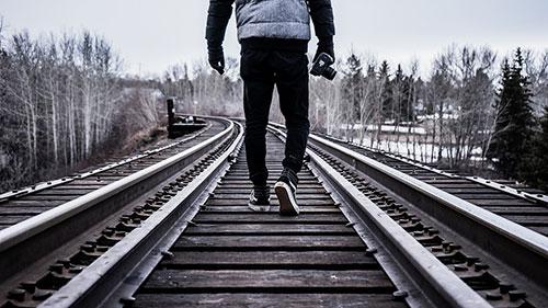 berbeda,memilih jalan,berjalan