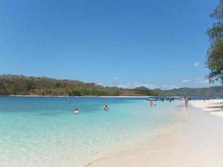 gili nanggu,lombok,pantai,piknik,wisata romantis