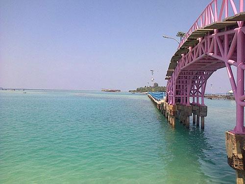 jembatan cinta,pulau tidung,asmara,kepulauan seribu,wisata