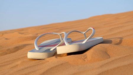 liburan,santai,sandal,pantai