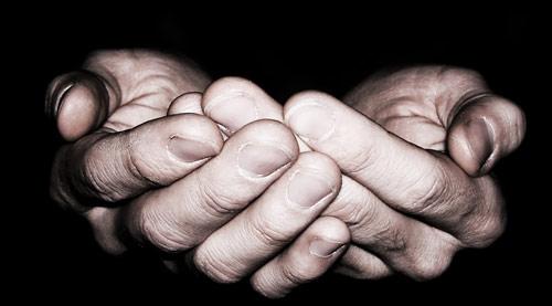 berdoa,tangan,memohon