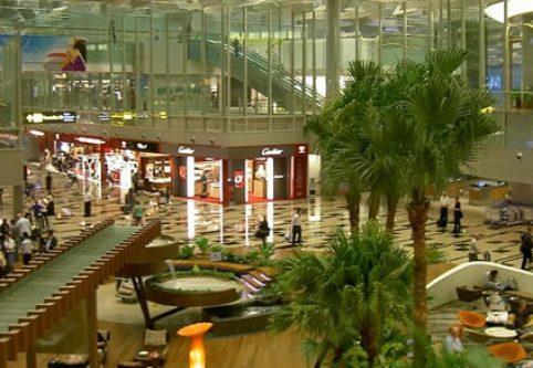 Bandara Changi Terbaik di Dunia
