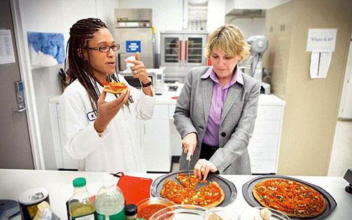 maya cooper,pekerjaan unik,food scientist