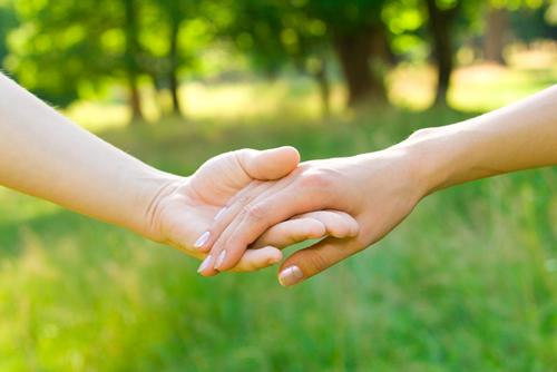 empati,ramah tamah,persahabatan