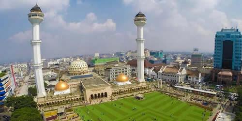masjid agung,bandung,tempat wisata