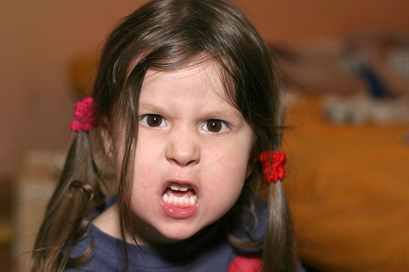 Saat marah pun orang malah gemas dengan ekspresimu