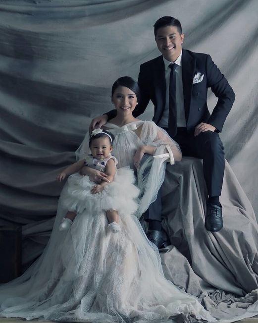 Potret keluarga kecil Glenn Alinskie & Chelsea Olivia