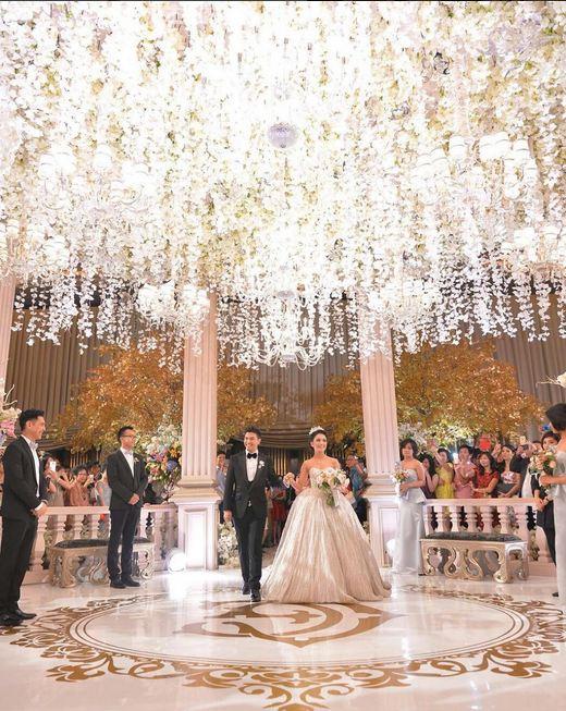 Pernikahan ala fairytale Glenn Alinskie & Chelsea Olivia