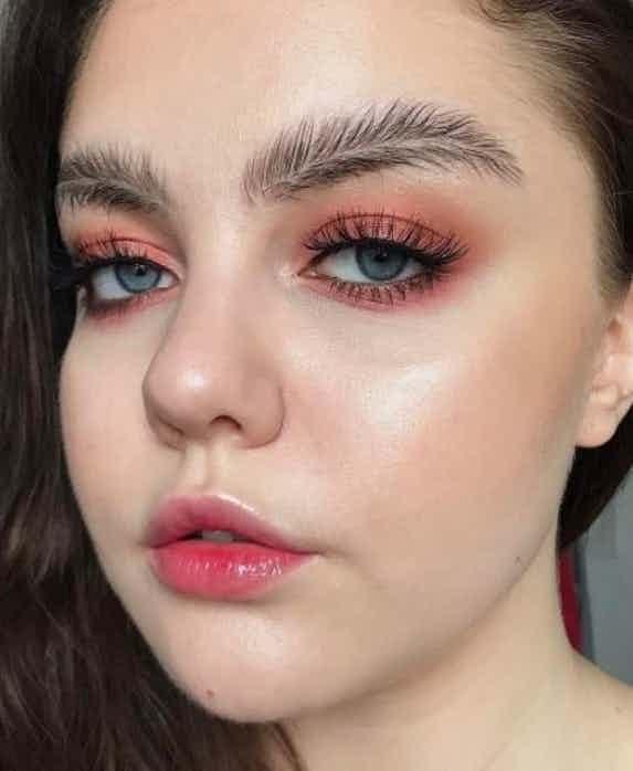 Alis mata atau bulu mata?