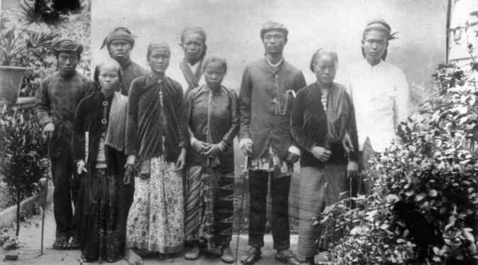 Rakyat Suriname keturunan Jawa hingga kini masih menggunakan bahasa Jawa