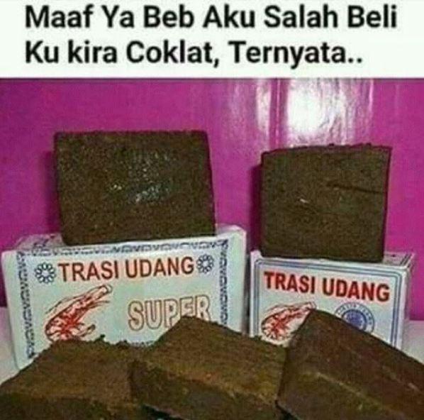 5. Kirain cokelat, ternyata ehh…. Pantesan baunya beda