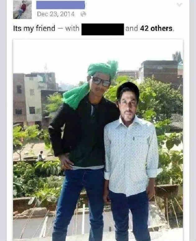 8. Waduhhh… kok badan Shahrukh Khan jadi gitu amat? Minta didemo fansnya nih??