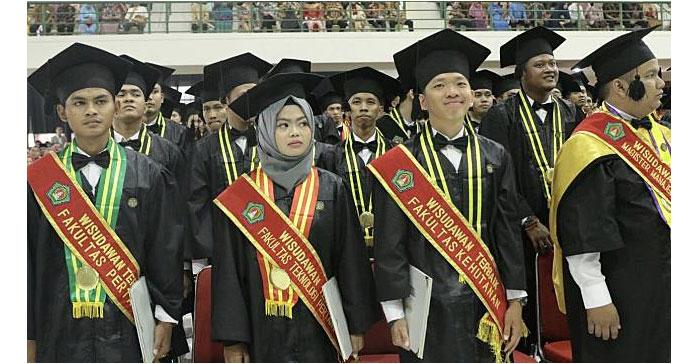 Ari Putra Susanto, Lulusan Terbaik Instiper