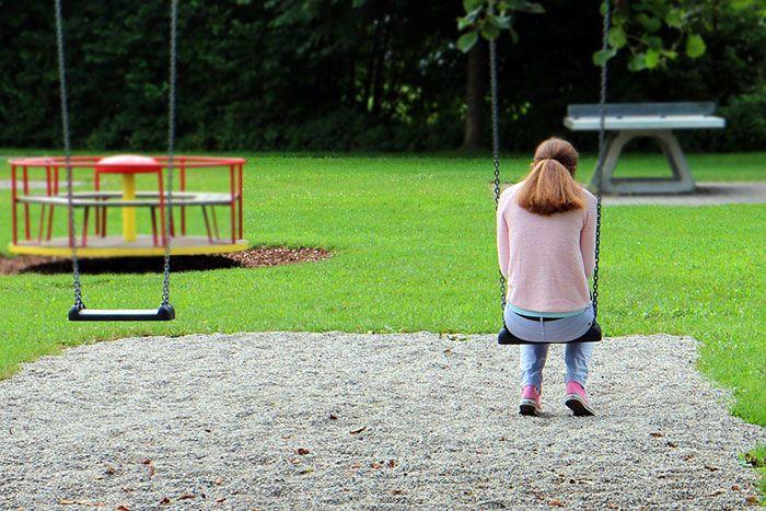 Wanita sendirian