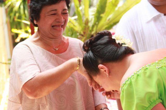 Tradisi unik memberi salam di Filipina