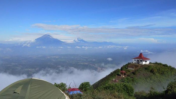 Pemandangan Gunung Andong