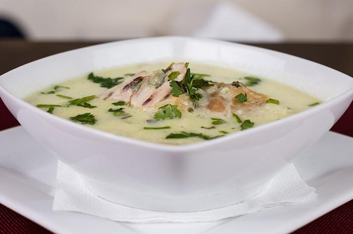 Sup ayam dengan kaldu