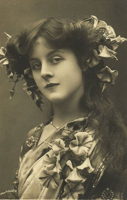 Doris Stocker ini adalah salah satu wanita tercantik di tahun 1900-an