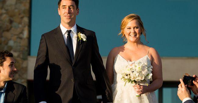 Amy Schumer dan Chris Fischer pacaran hanya empat bulan