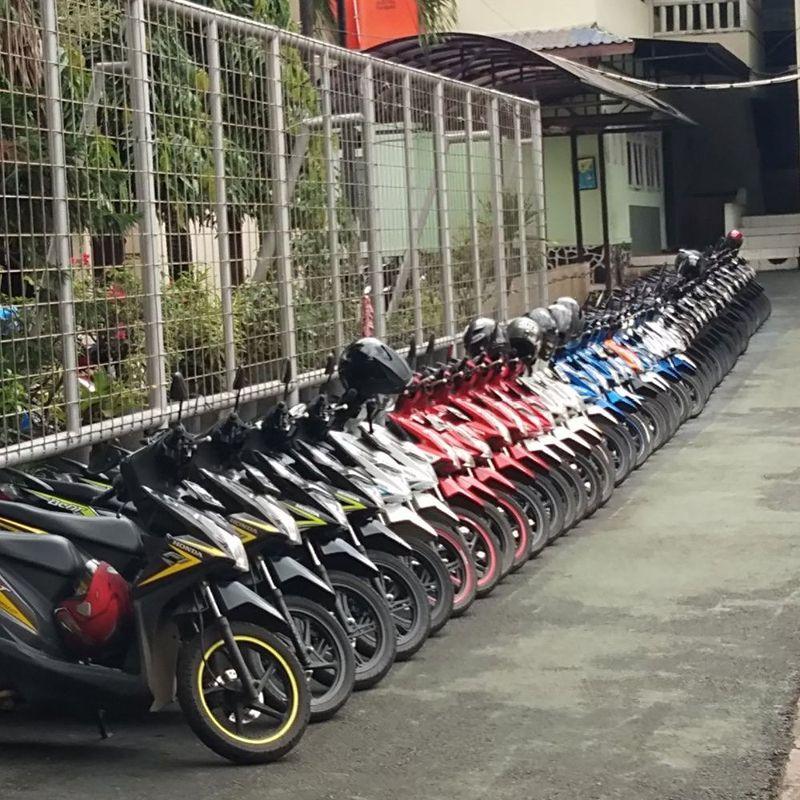 Parkiran jadi rapi dan enak dilihat