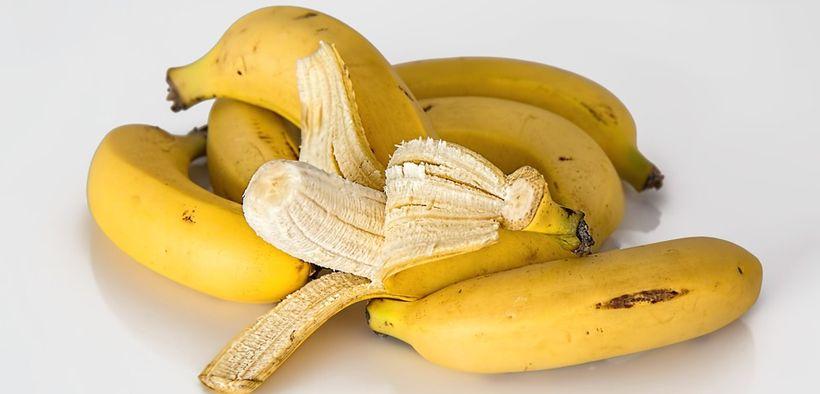 Buah pisang bisa mengandung hingga 17 gram gula
