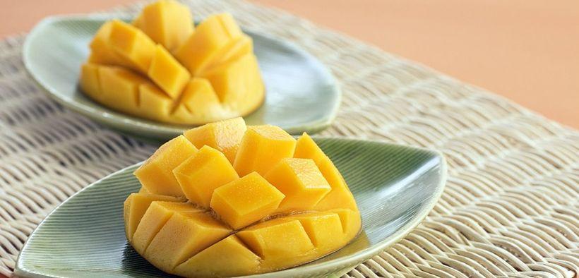 Saat diet, porsi makan buah mangga perlu sekali diperhatikan