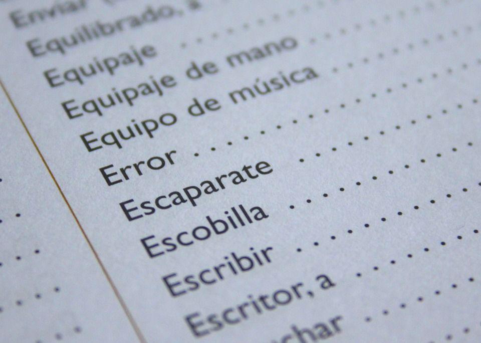 Pekerjaan translator cocok untuk yang mempunyai karakter pendiam