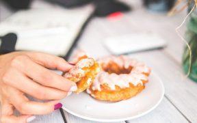 Lemak vs Karbohidrat, Mana sih Yang Paling Berpotensi Bikin Gemuk