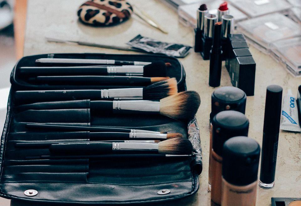Lebih dari penting memilih bahan yang aman untuk kosmetik